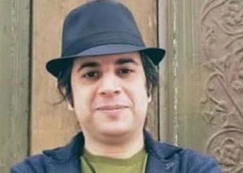 Iranian Bahai detained in Tehran for following banned faith